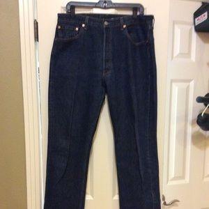 Levi 501 size 34 x 36 excellent condition jeans